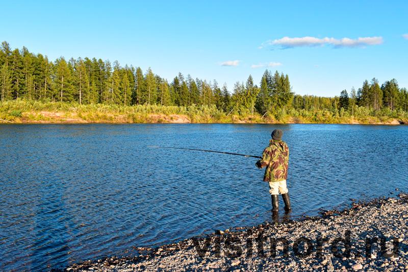 Рыбалка на спиннинг в Ламутском